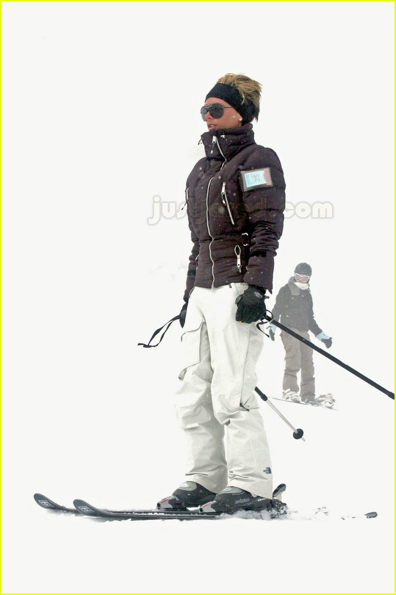 posh spice skiing 0989911