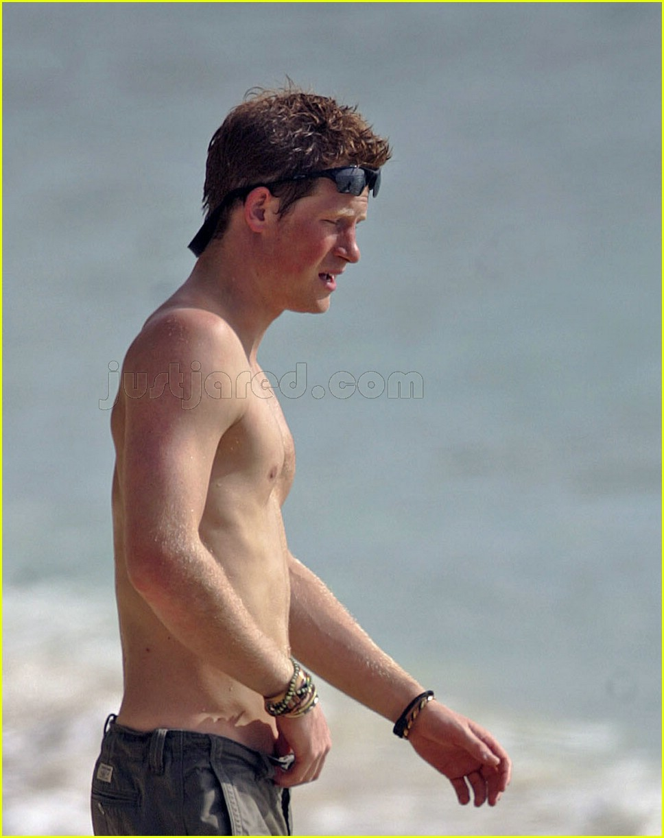 prince harry shirtless 05