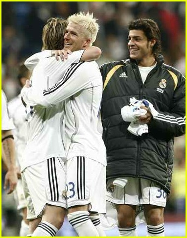 [Image: david-beckham-real-madrid-sevilla-07.jpg]
