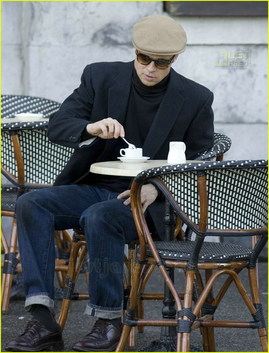 brad pitt benjamin button set 18402311