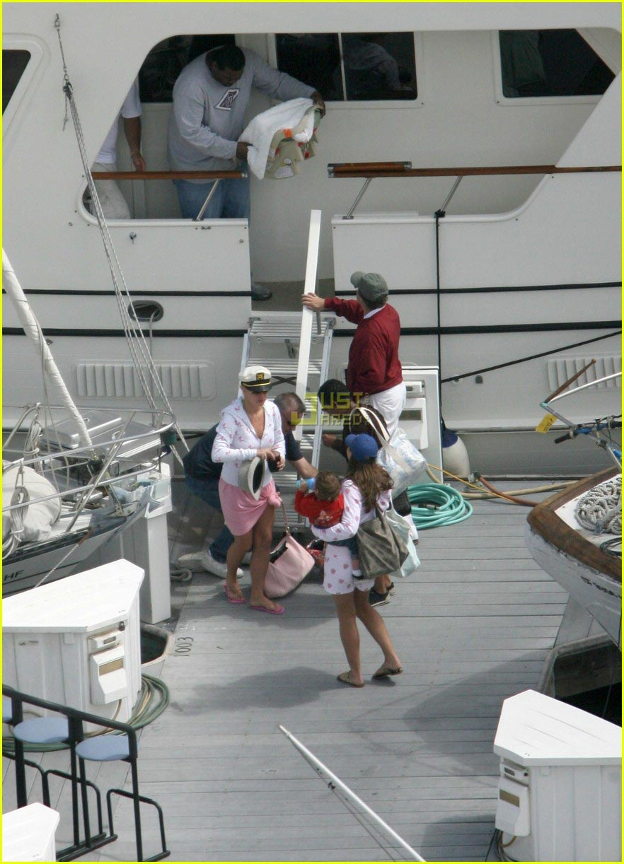 britney spears cruise 08191711