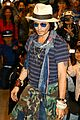 johnny depp japan airport 10