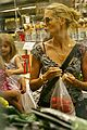 02 heidi klum grocery shopping