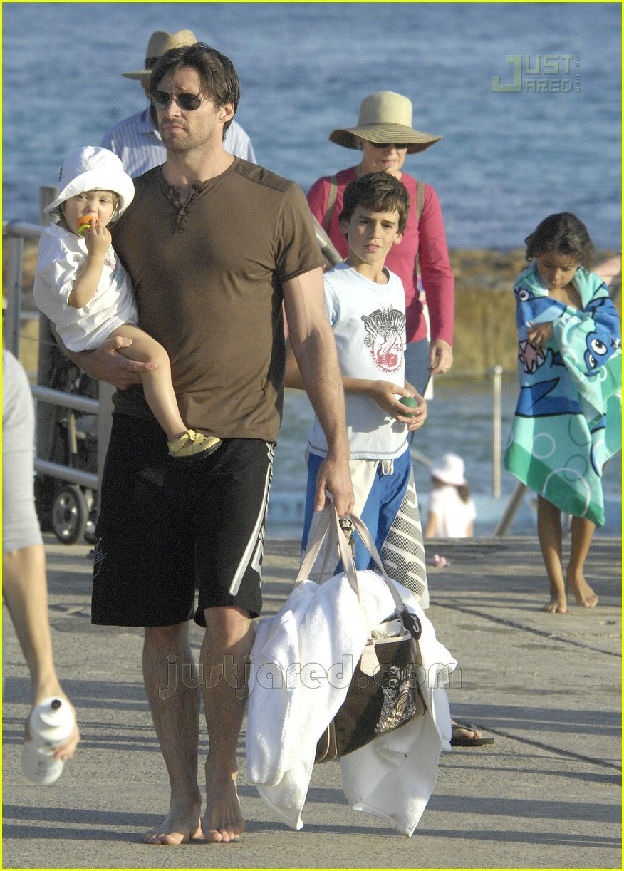 hugh jackman shirtless 02160181