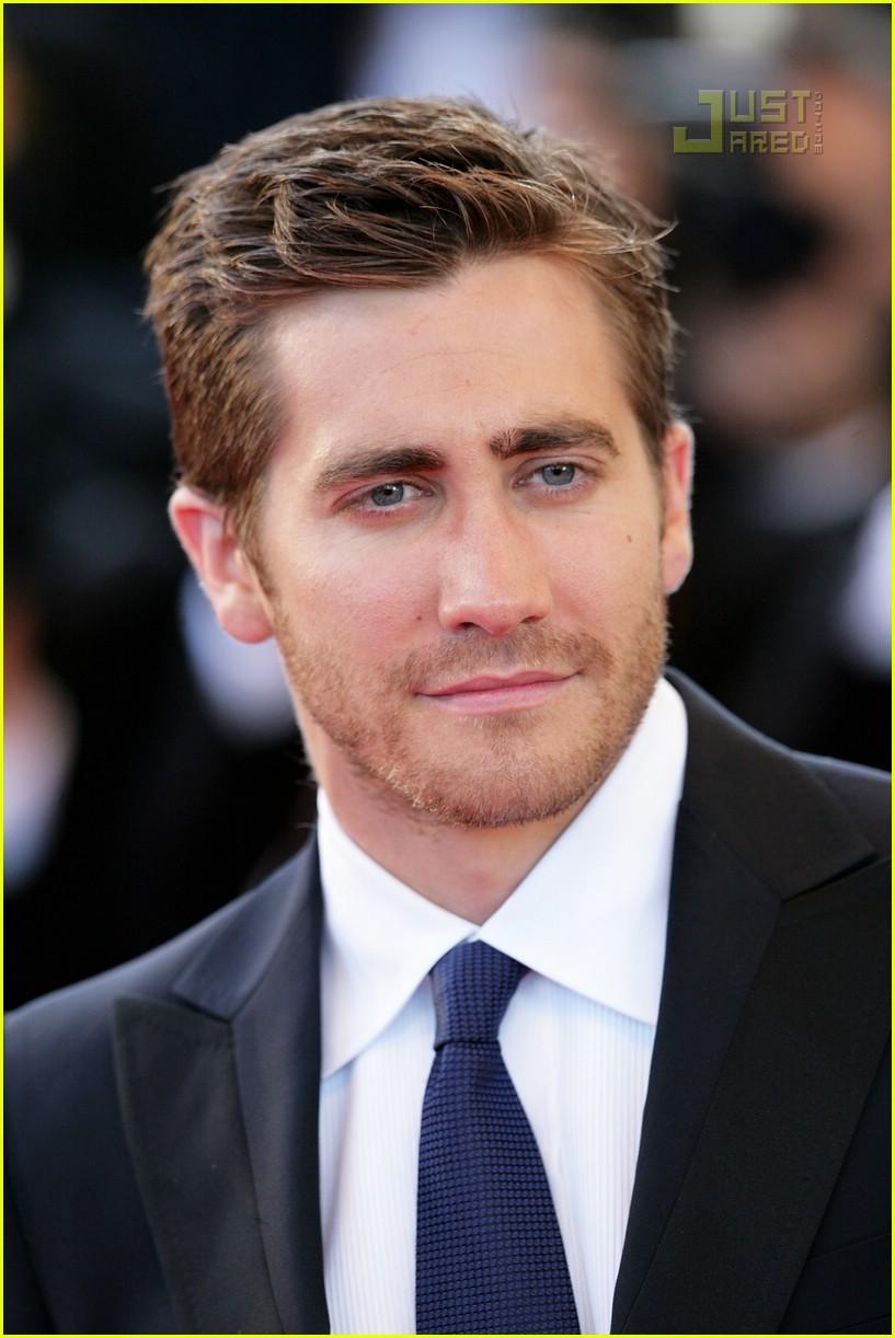 jake gyllenhaal cannes film festival 03171091