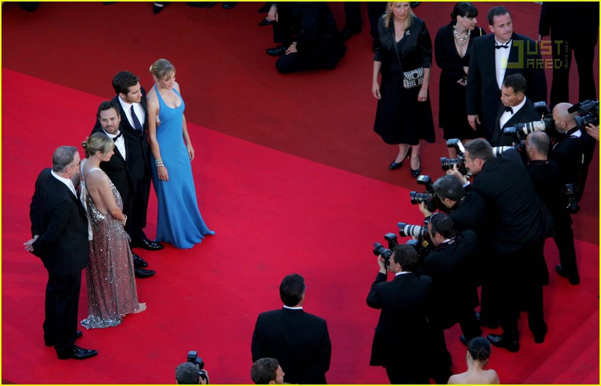 jake gyllenhaal cannes film festival 24171301