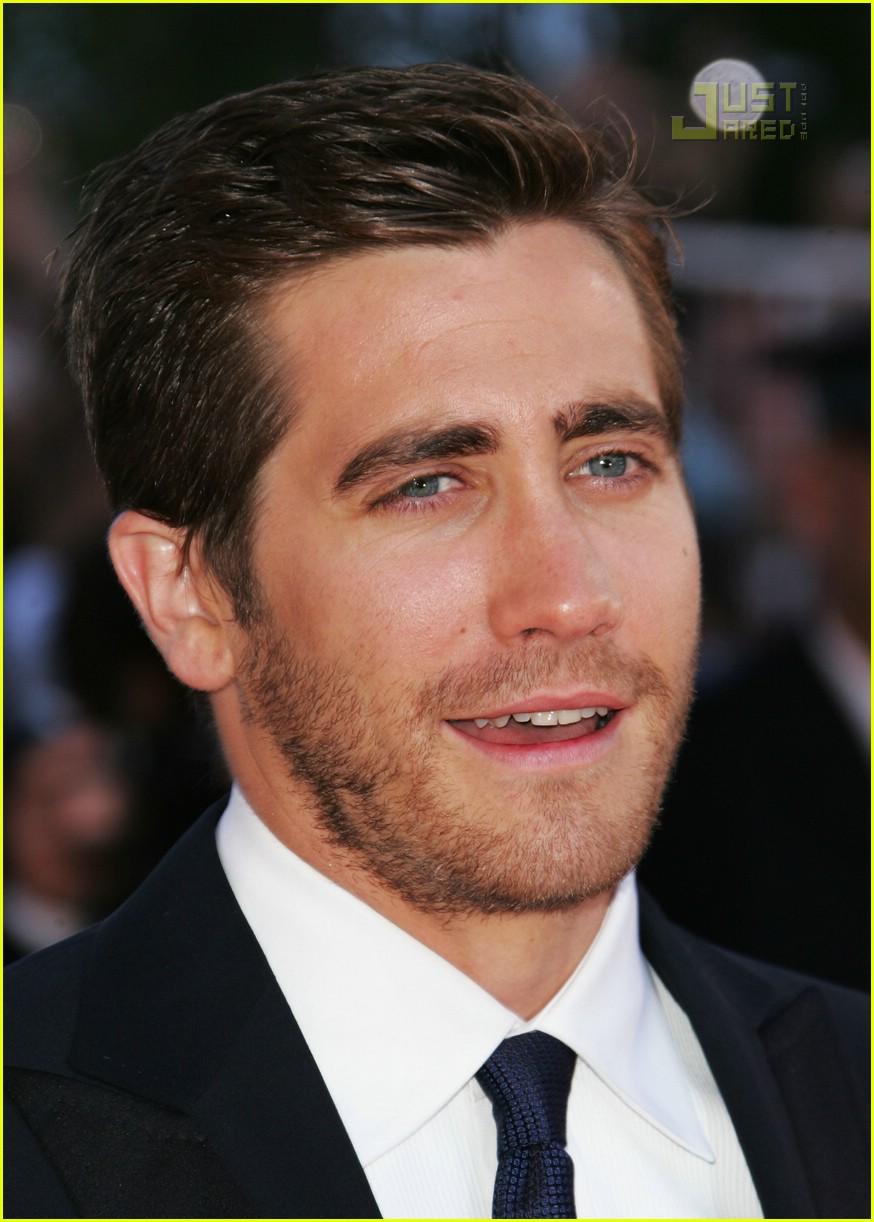 jake gyllenhaal cannes film festival 28171341