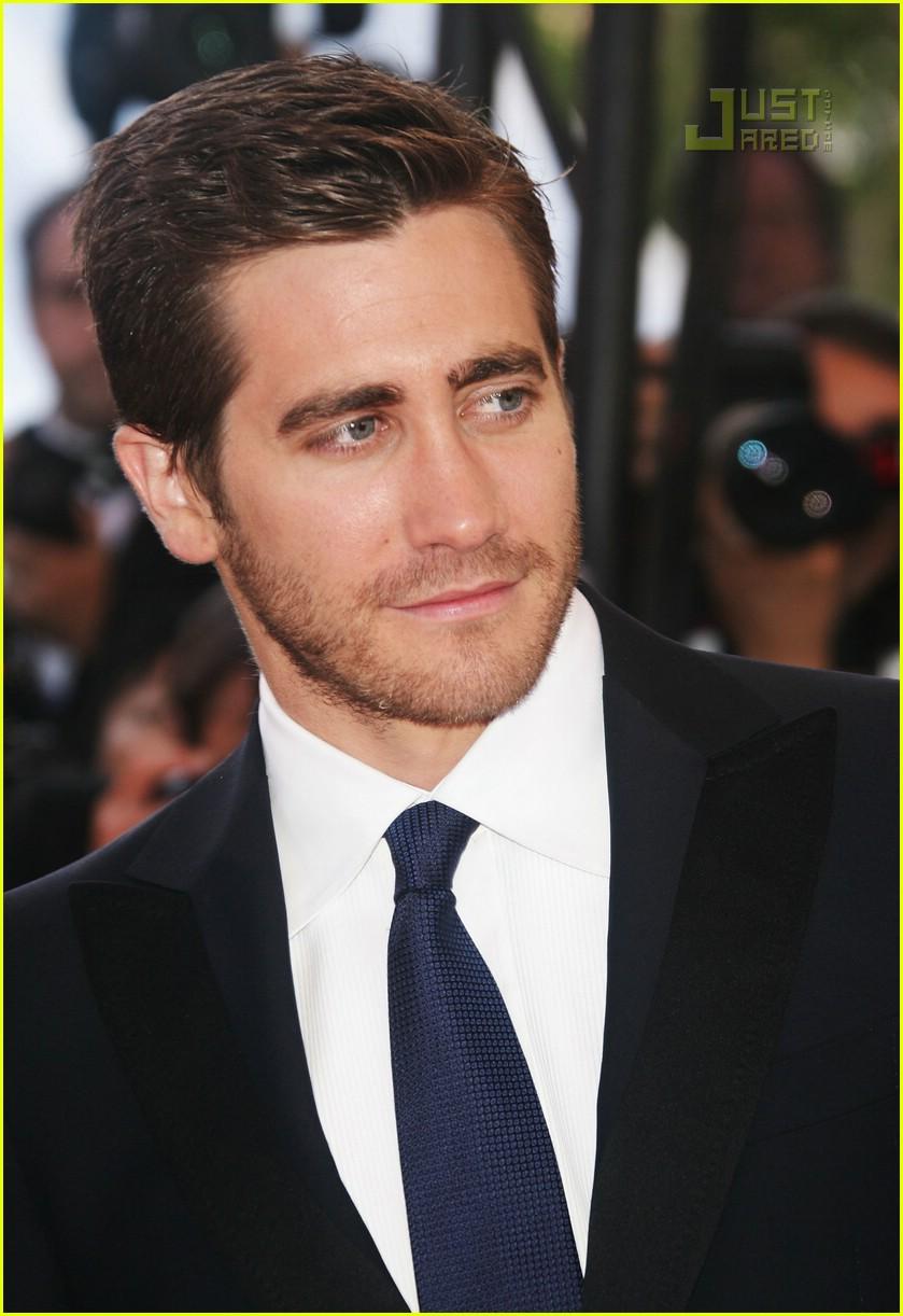 jake gyllenhaal cannes film festival 31171371