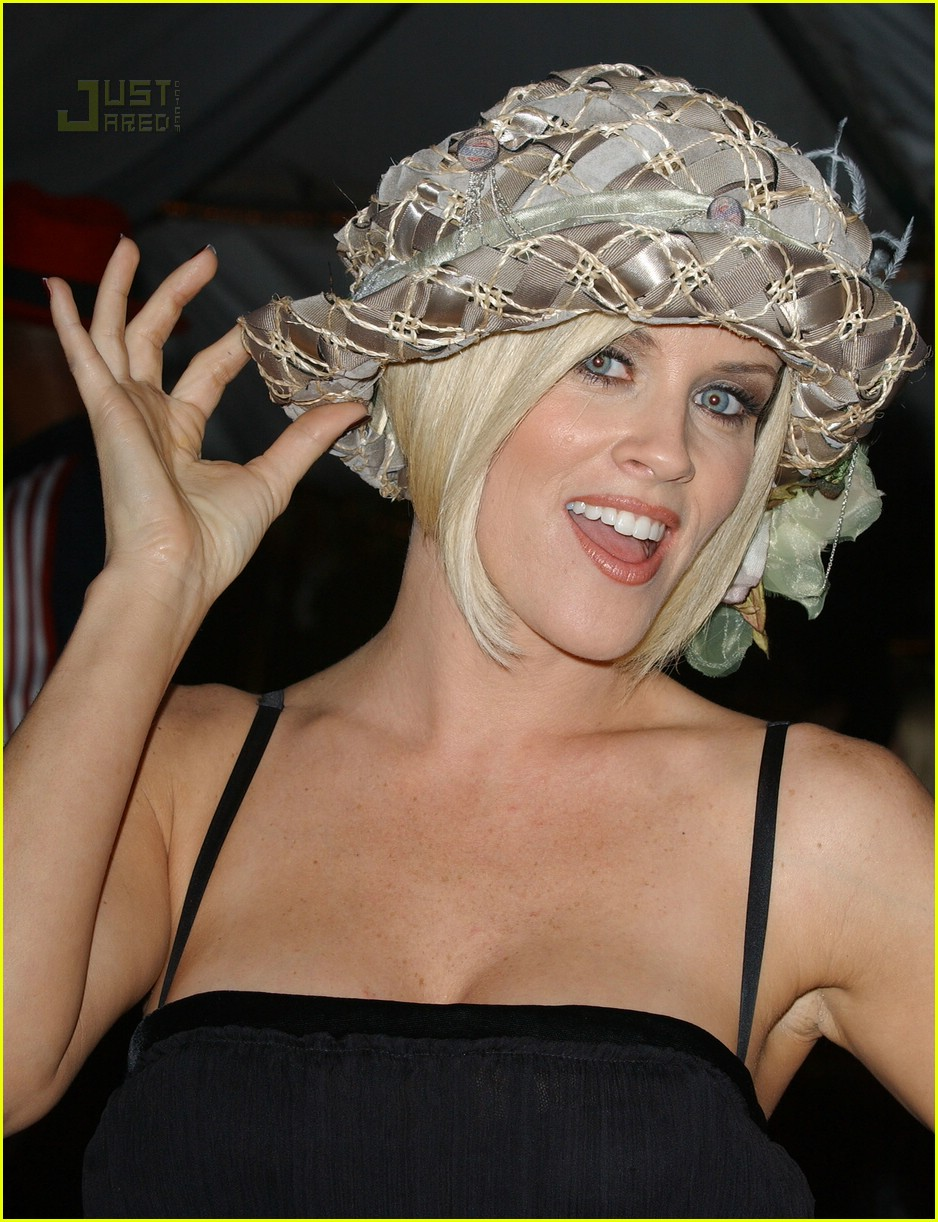 jenny mccarthy kentucky derby 01