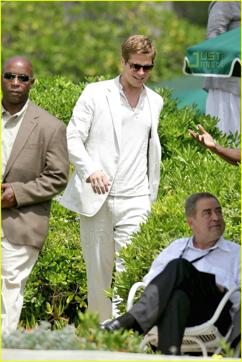 02 brad pitt all white