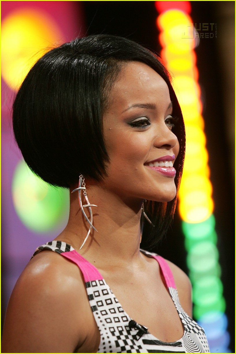 Rihanna: Shut Up and Drive!: Photo 11  Rihanna, TRL Pictures