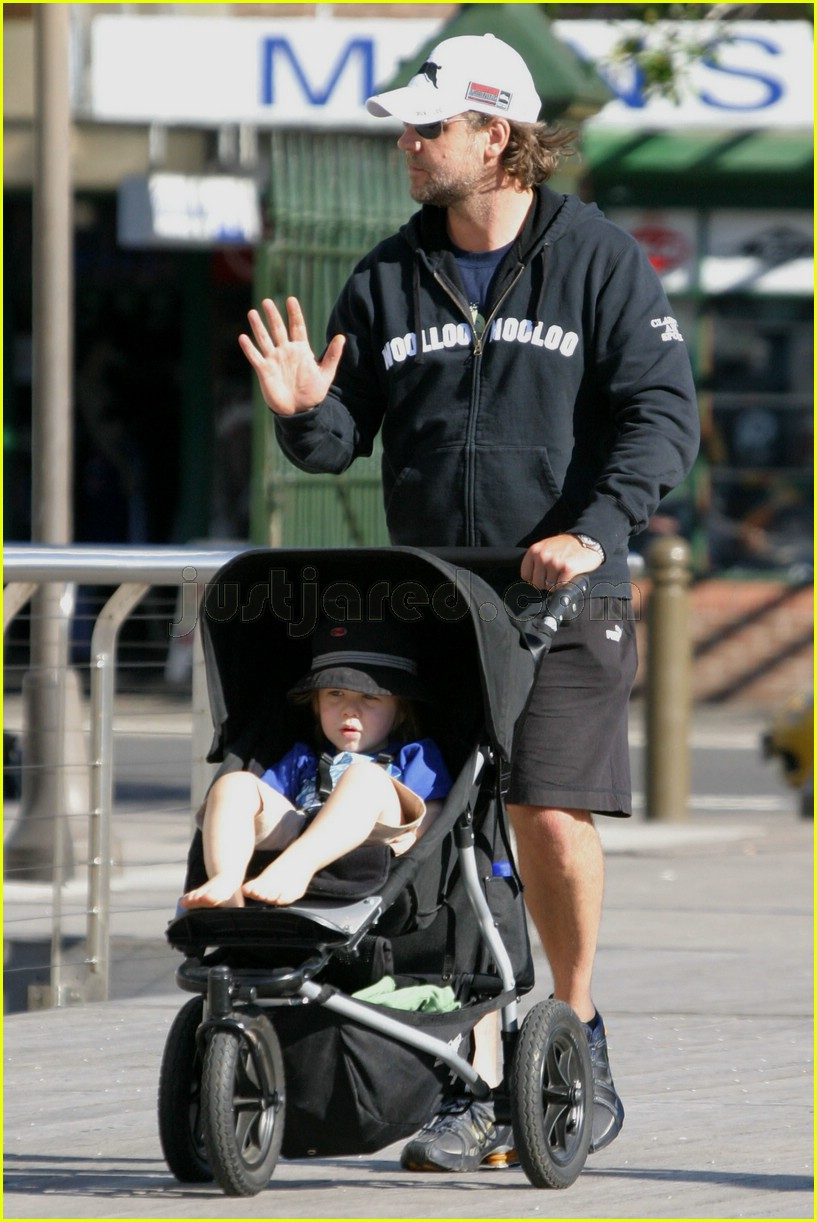 russell crowe rabbitohs 02140271