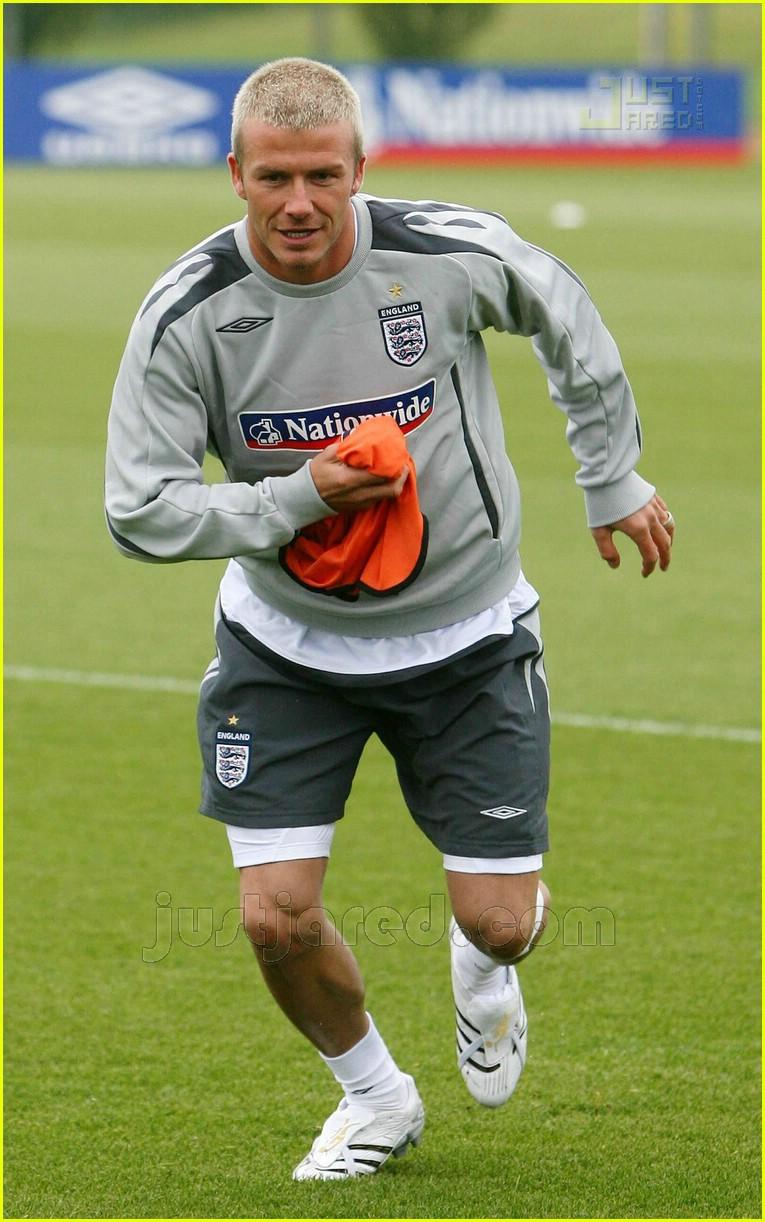 Full Sized Photo Of David Beckham Soccer Training 05