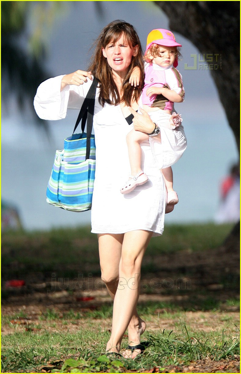 violet affleck jennifer garner hawaii 01