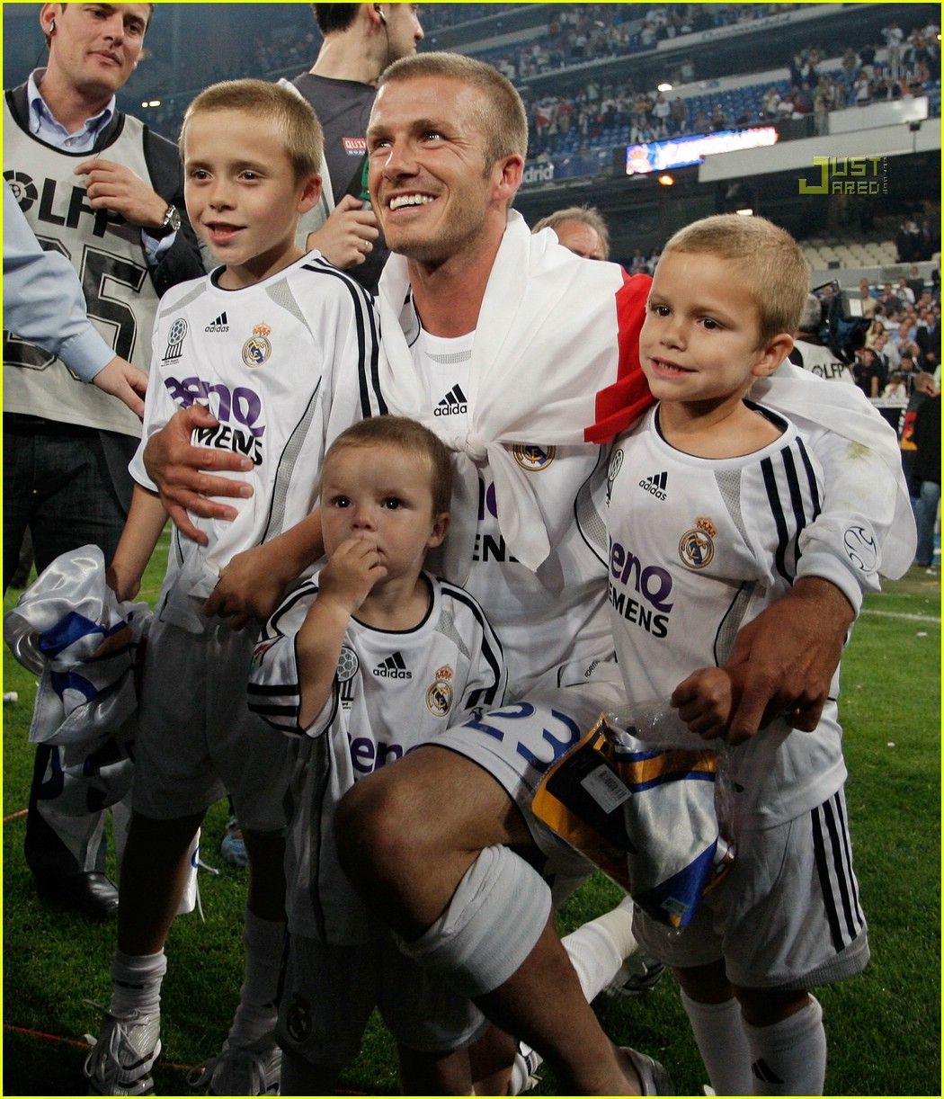 david beckham and his sons 08