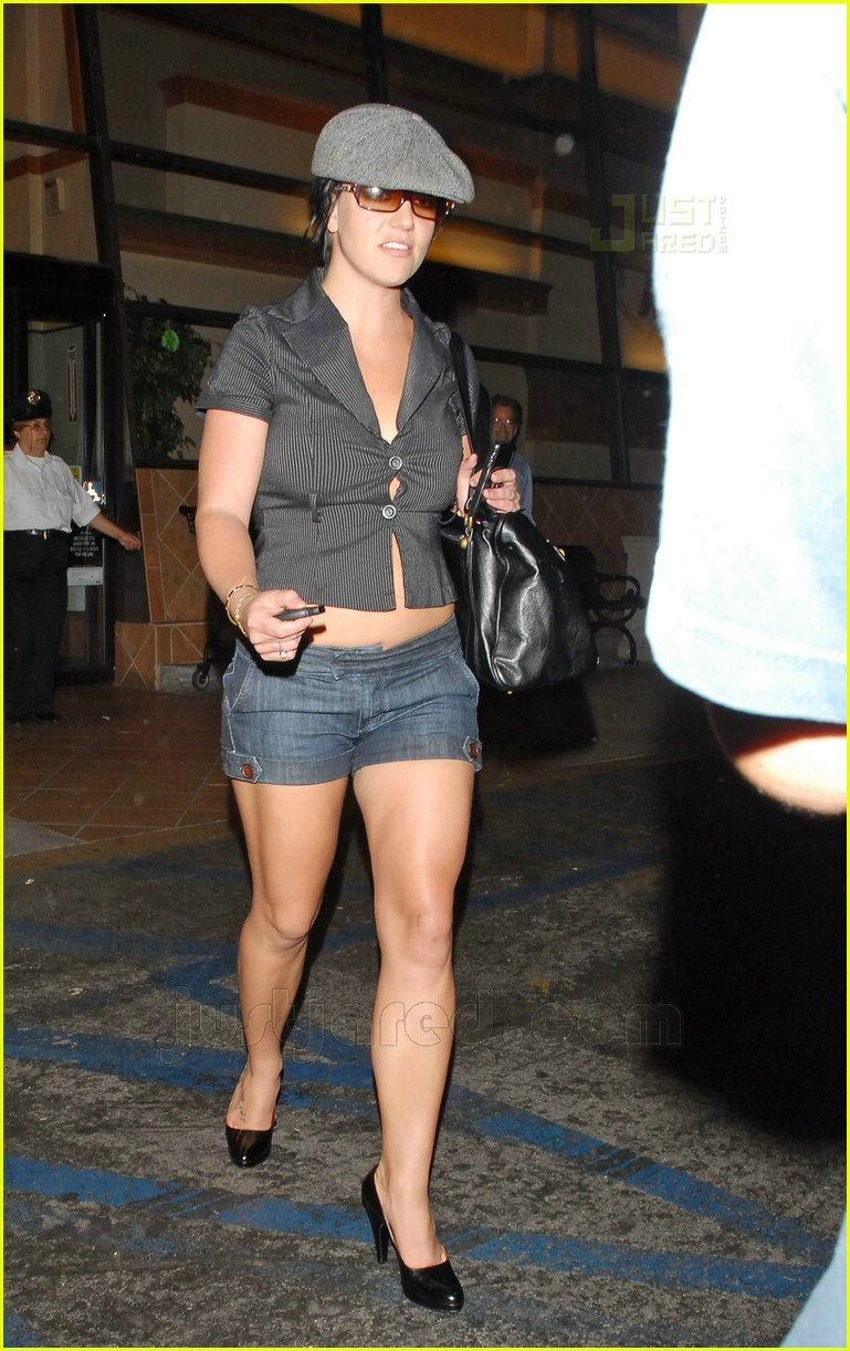 Britney Almost Loosens Up Her Buttons: Photo 460581
