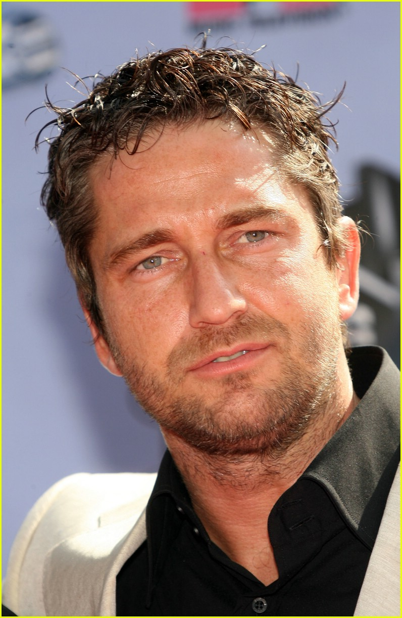 Gerard Butler @ MTV Movie Awards 2007: Photo 414341 ...