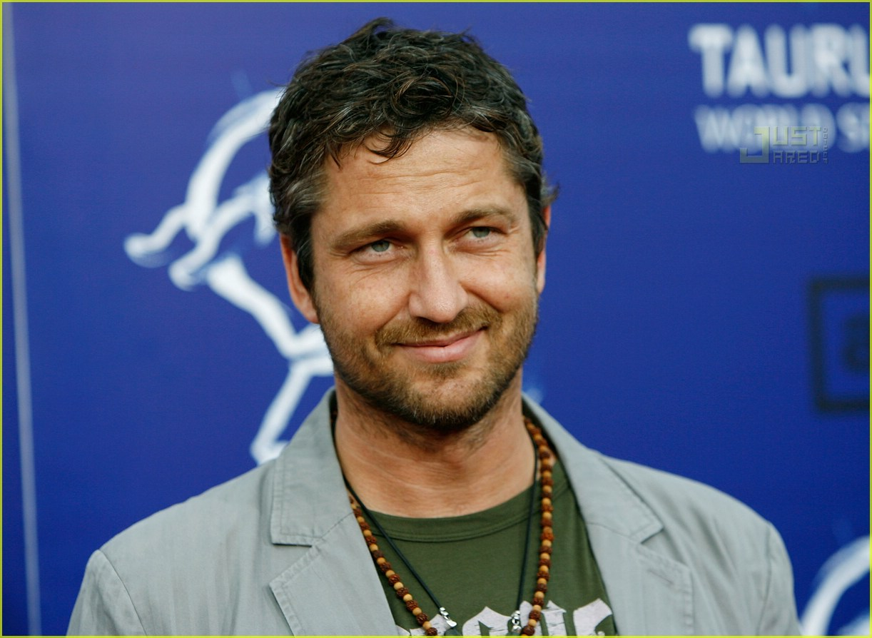 gerard butler world stunt awards 03411771