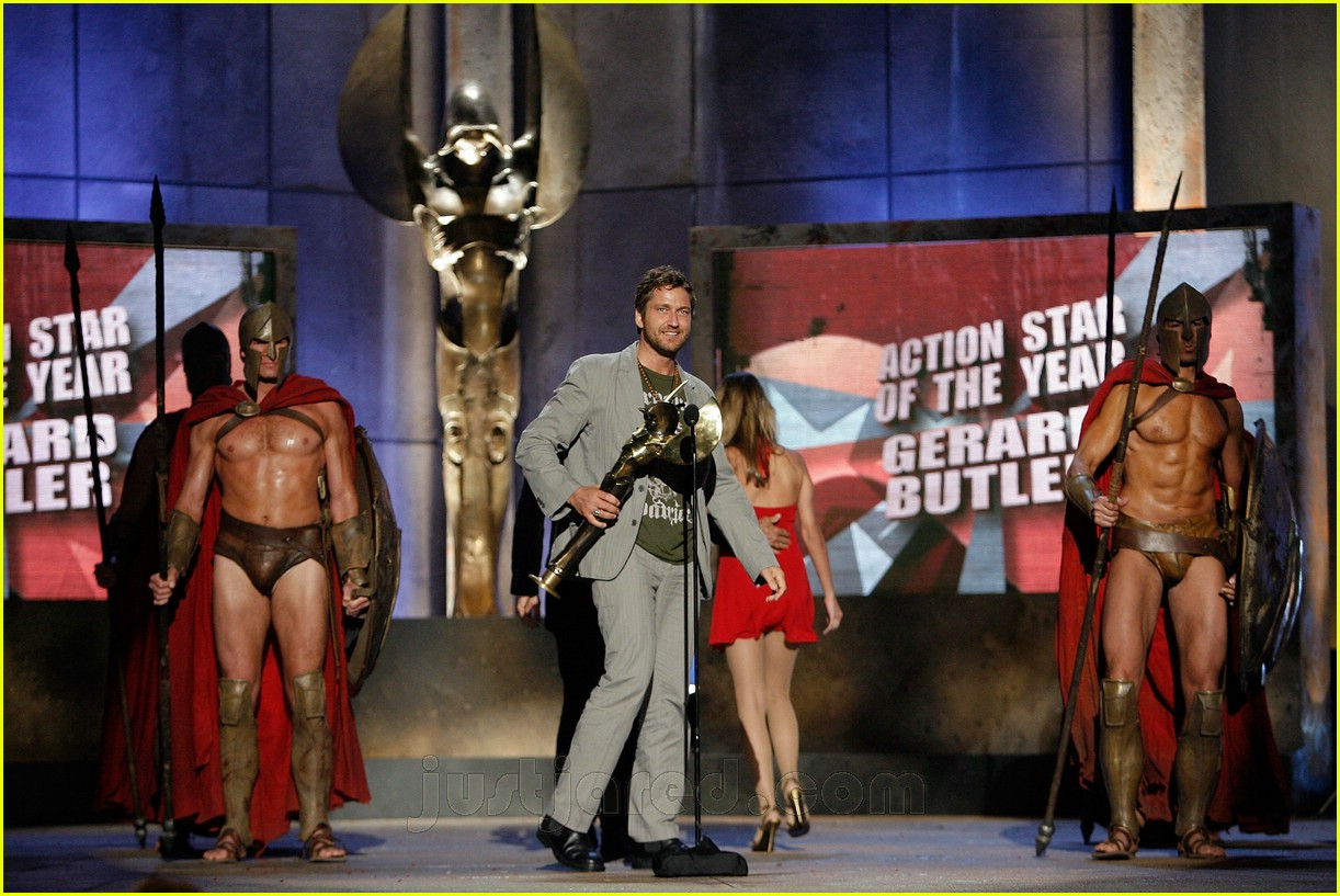 gerard butler world stunt awards 08