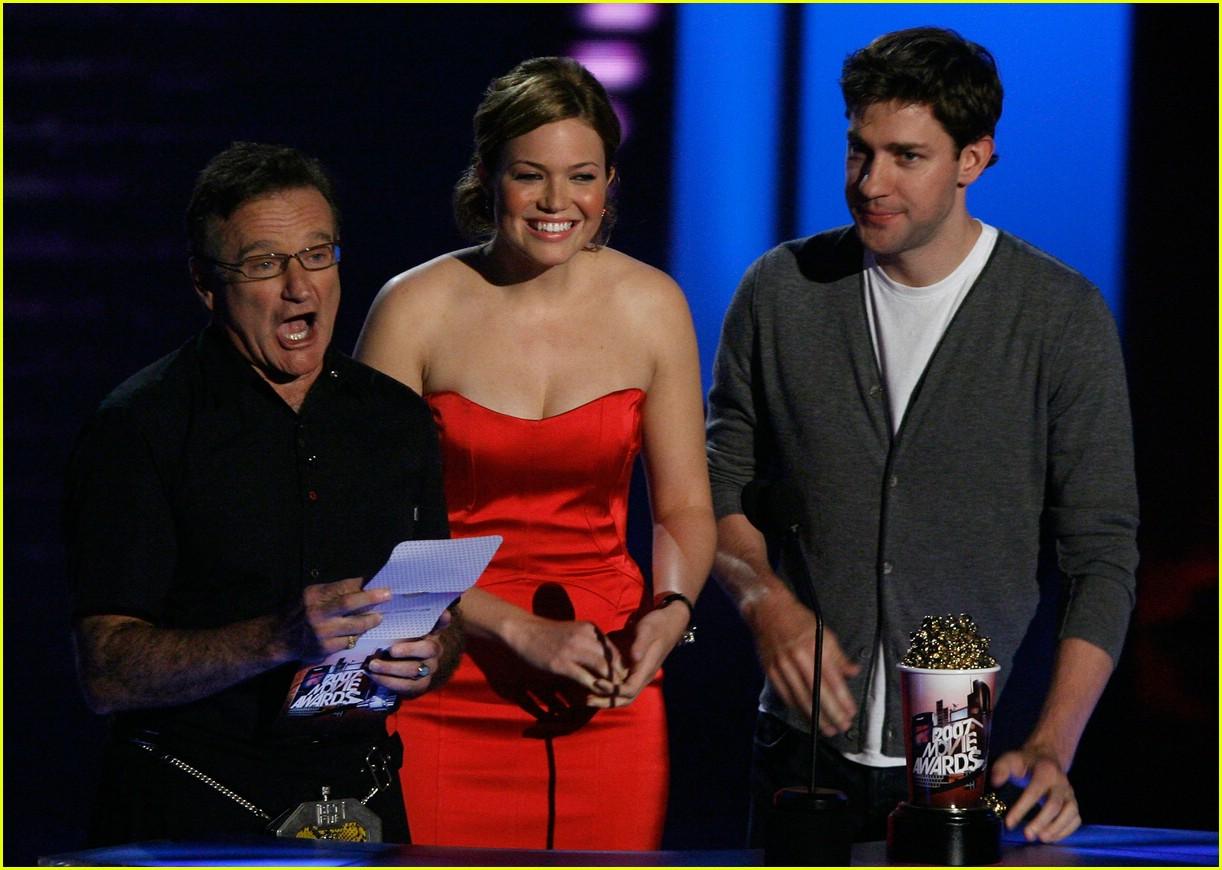 john krasinski mtv movie awards 2007 60413811