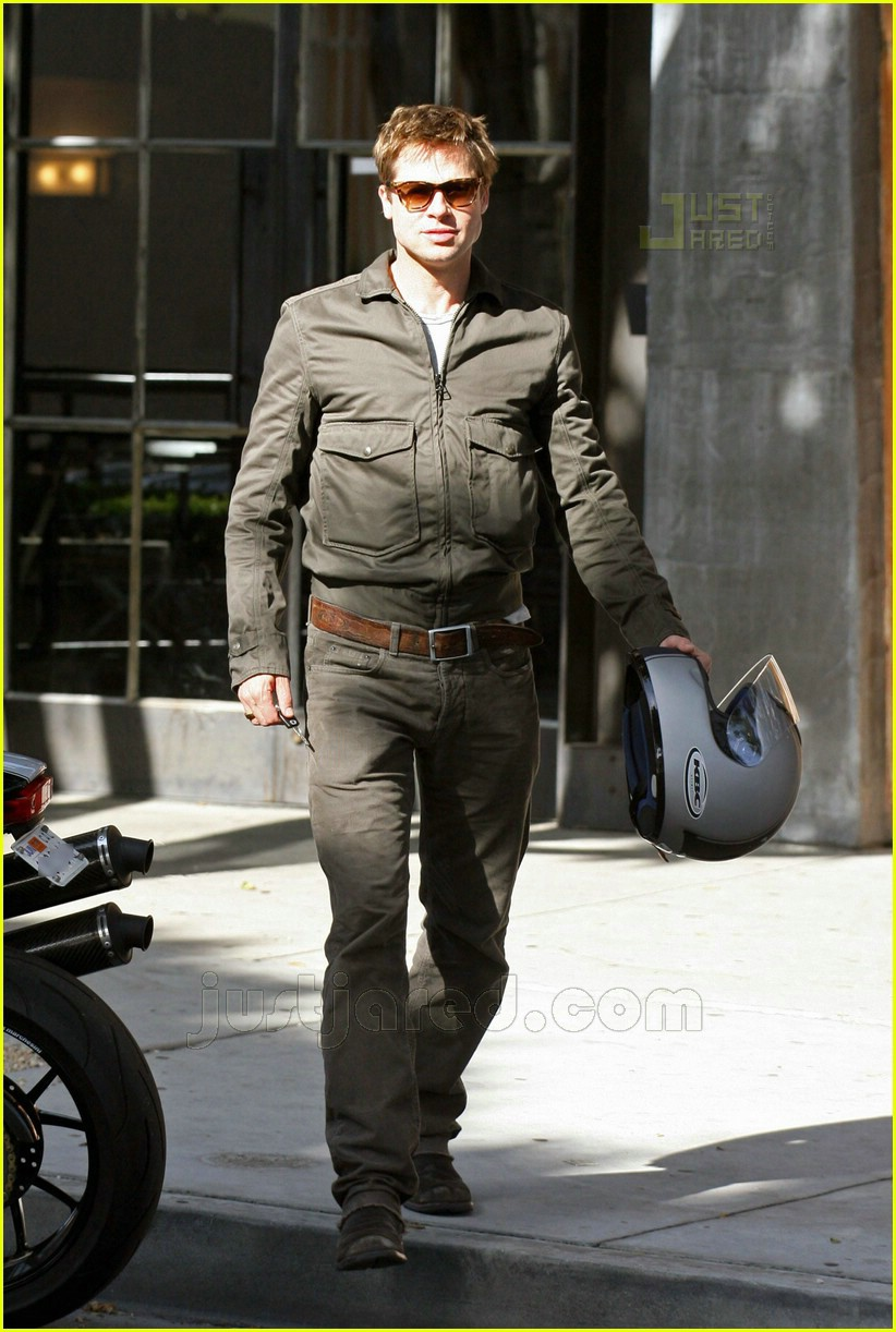 Antonio Brown Helmet >> Brad Pitt's Motorcycle Madness: Photo 426631 | Brad Pitt
