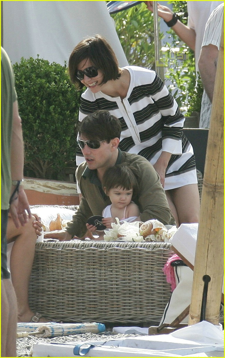 tom katie suri cruise 21