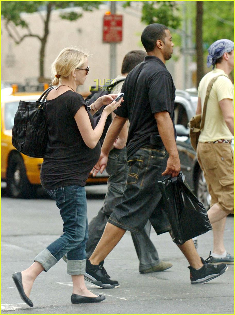 Naomi Watts: I'm Married Already!: Photo 434321 | Liev ...