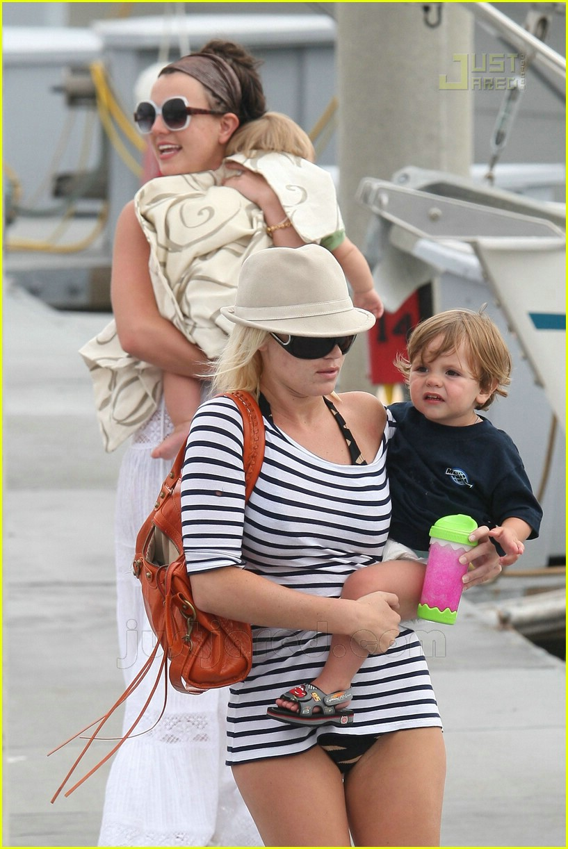 britney spears marina del ray 23500121