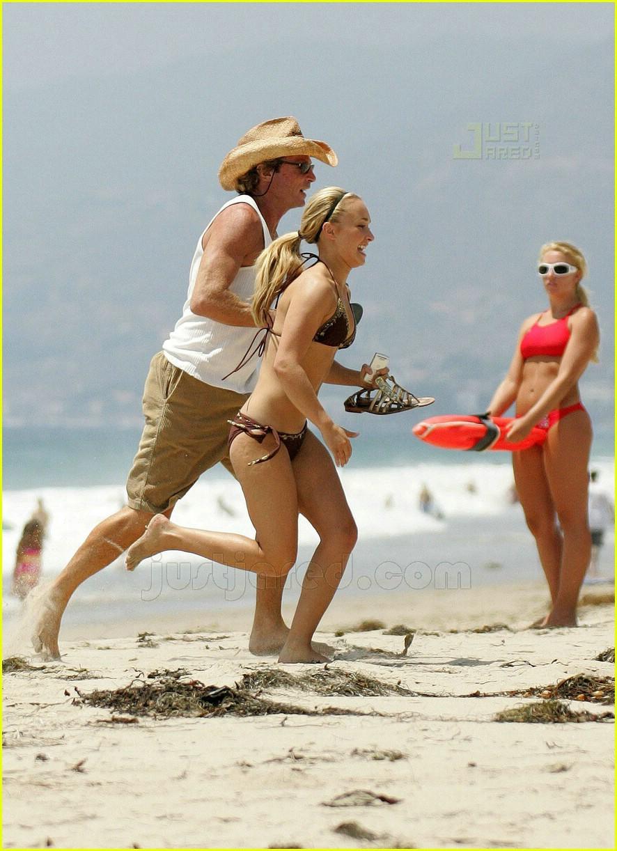 hayden panettiere bikini babe 21514151