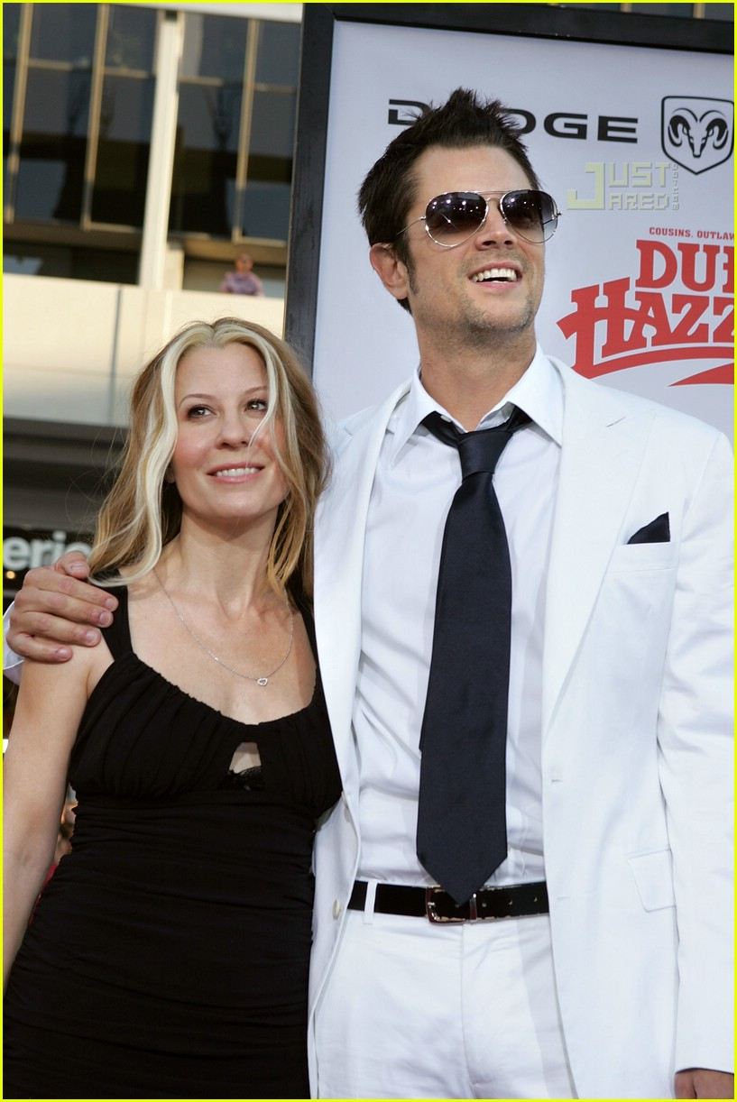 johnny knoxville divorce 01471101
