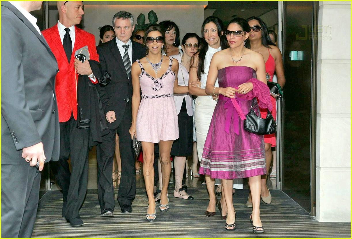 Eva Longoria Wedding Guest Dresses