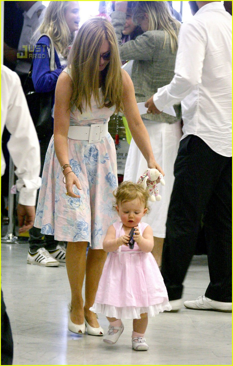 Full Sized Photo of bluebell madonna walking 04   Photo 517631   Just ...