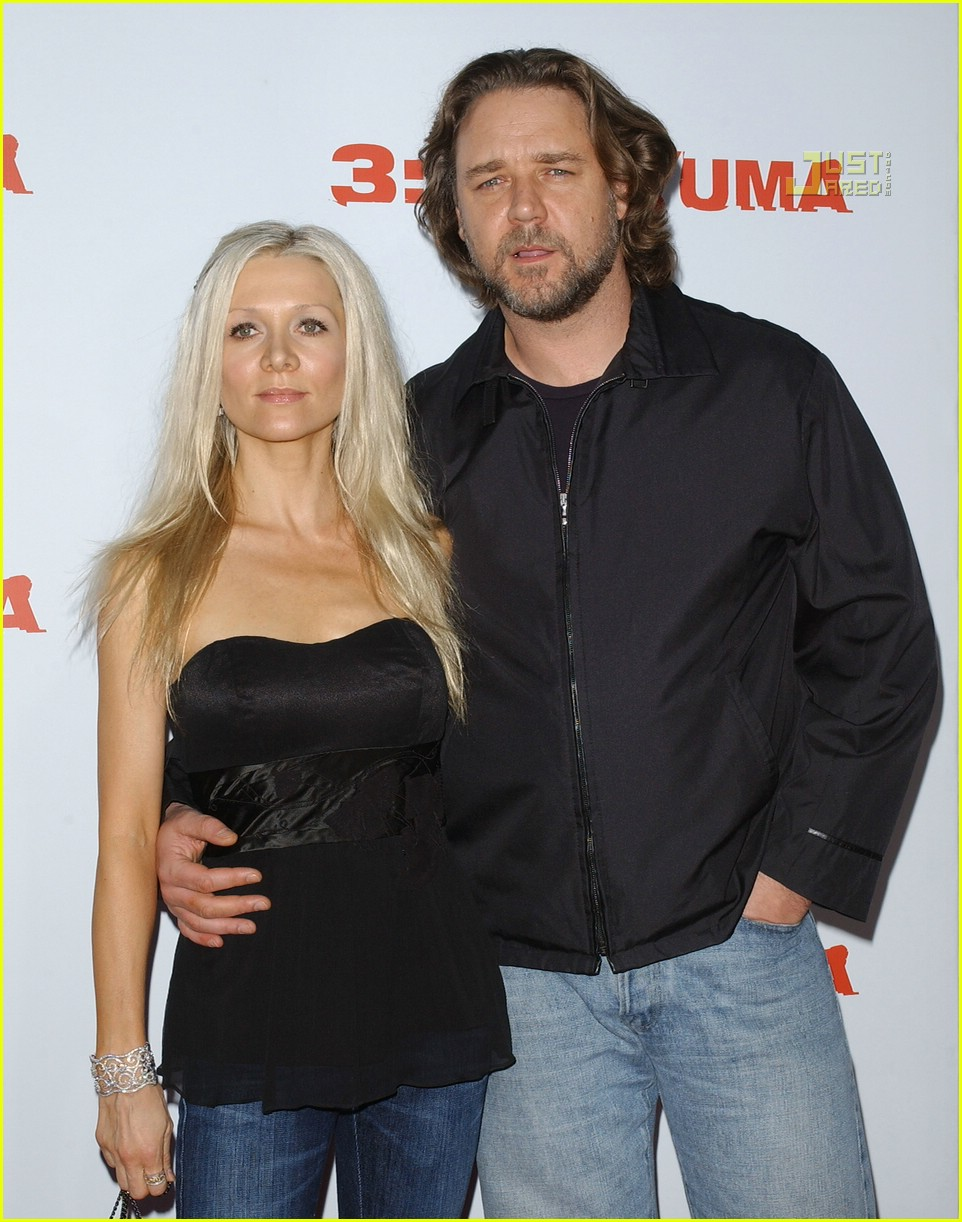 russell crowe yuma premiere 01541841
