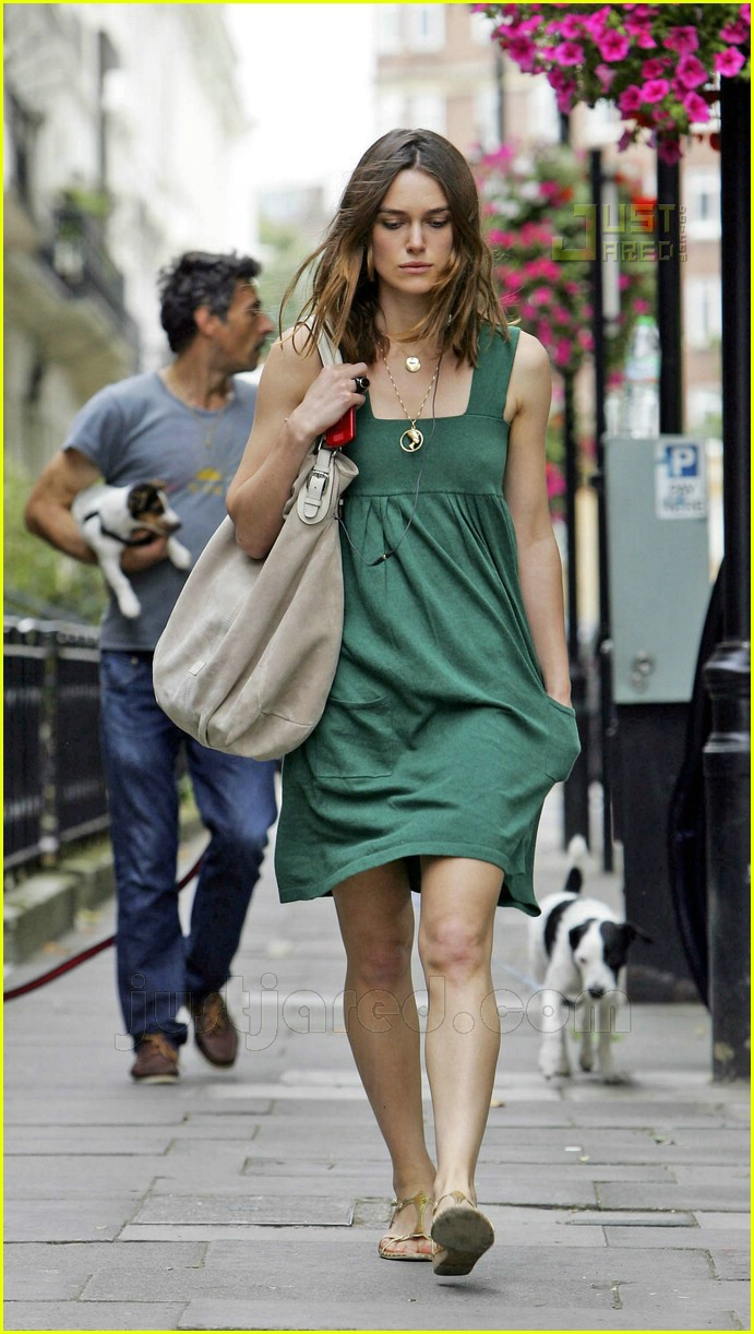 Keira Knightley Gloomy In Green Photo 518211 Keira