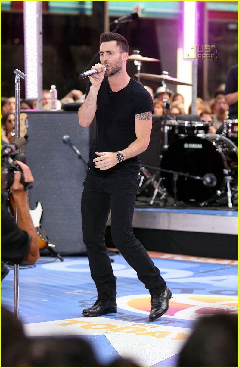 adam levine the today show 02