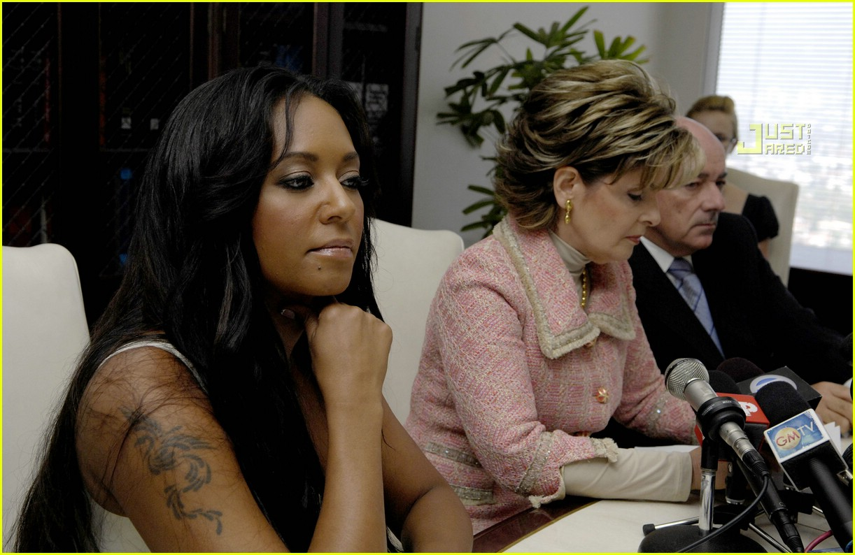 melanie brown press conference 08