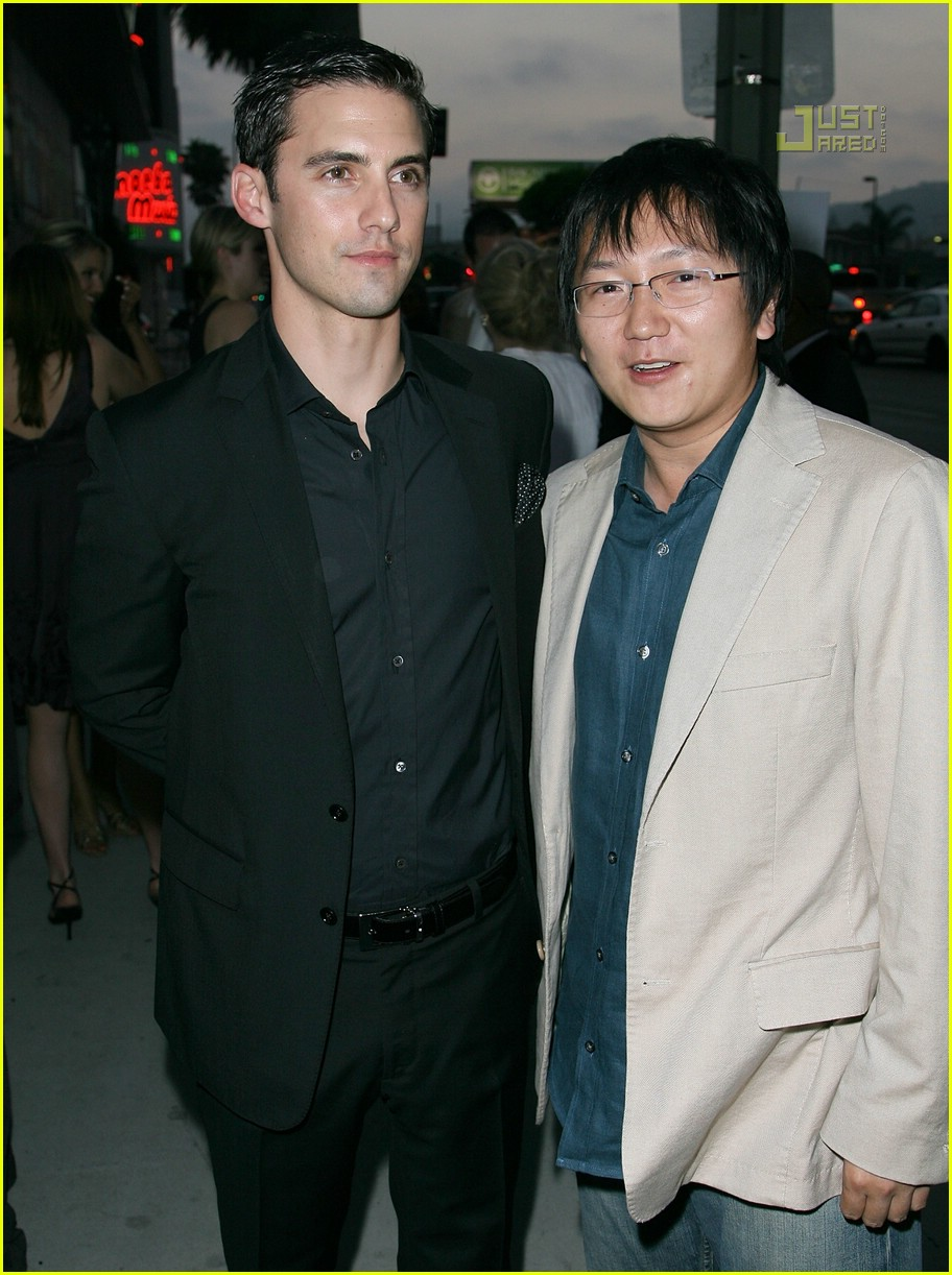 02 milo ventimiglia its a mall world premiere515631