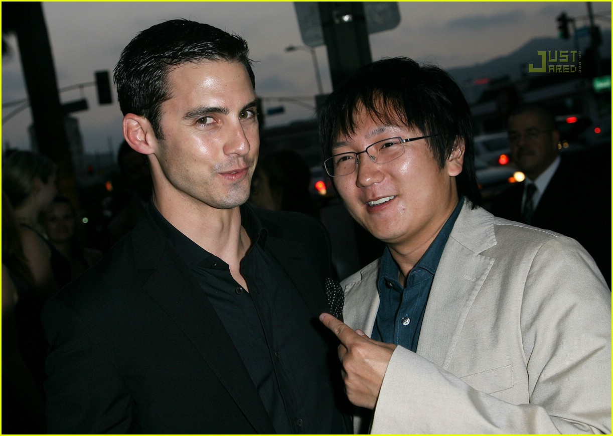 milo ventimiglia its a mall world premiere 02515751