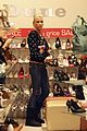 katie price shopping 09