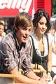 01 zanessa early show
