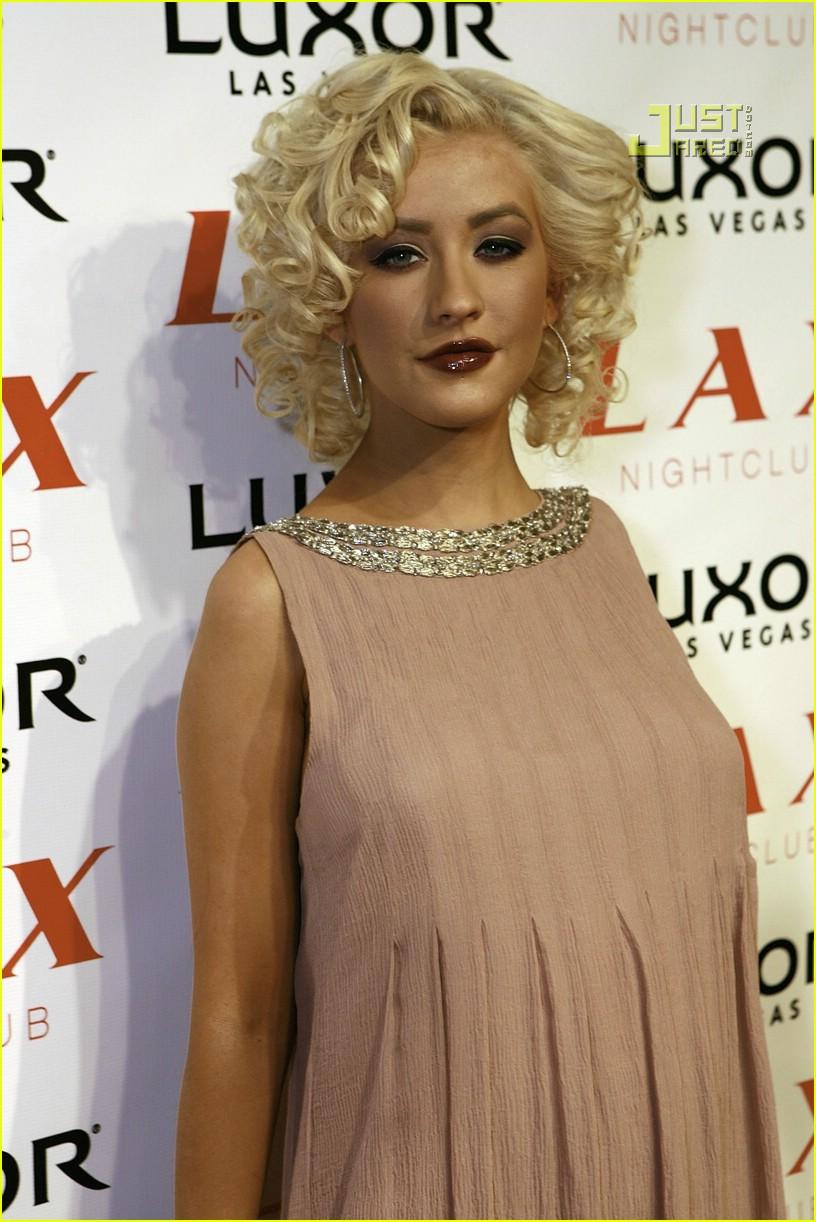 Paris Hilton: Christina Aguilera is Pregnant!