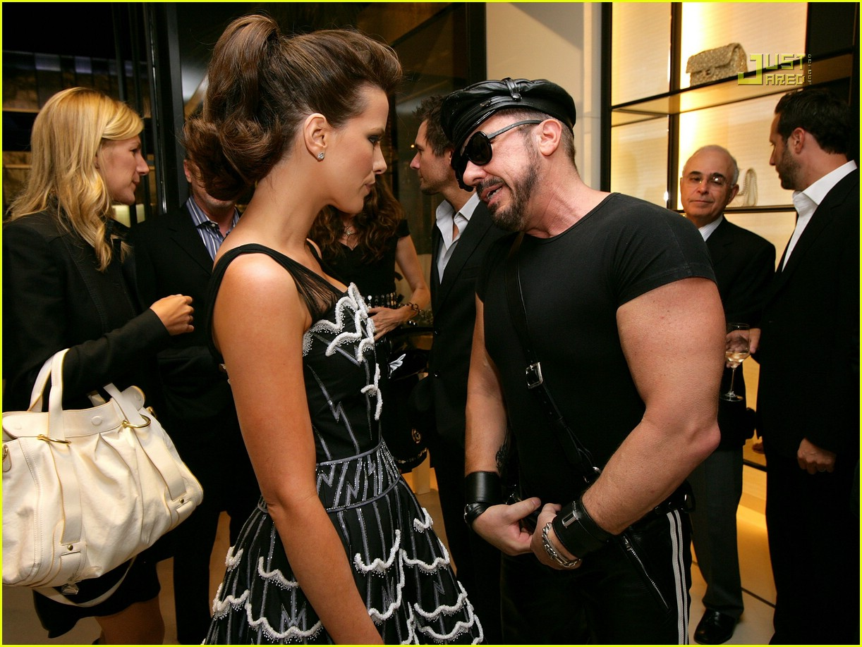 kate beckinsale chanel party 15609681