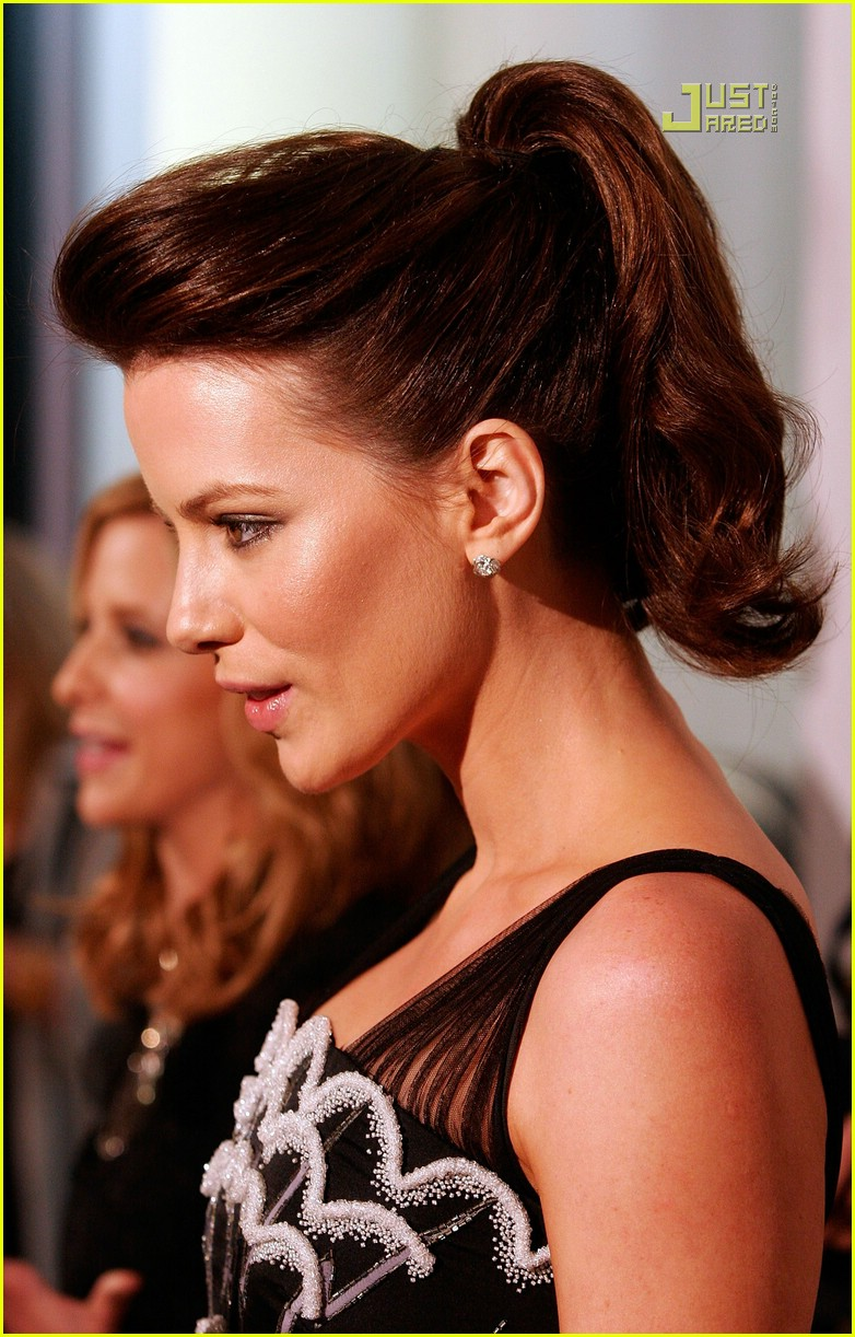 kate beckinsale chanel party 17609701