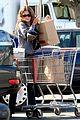 rachel bilson grocery shopping 02