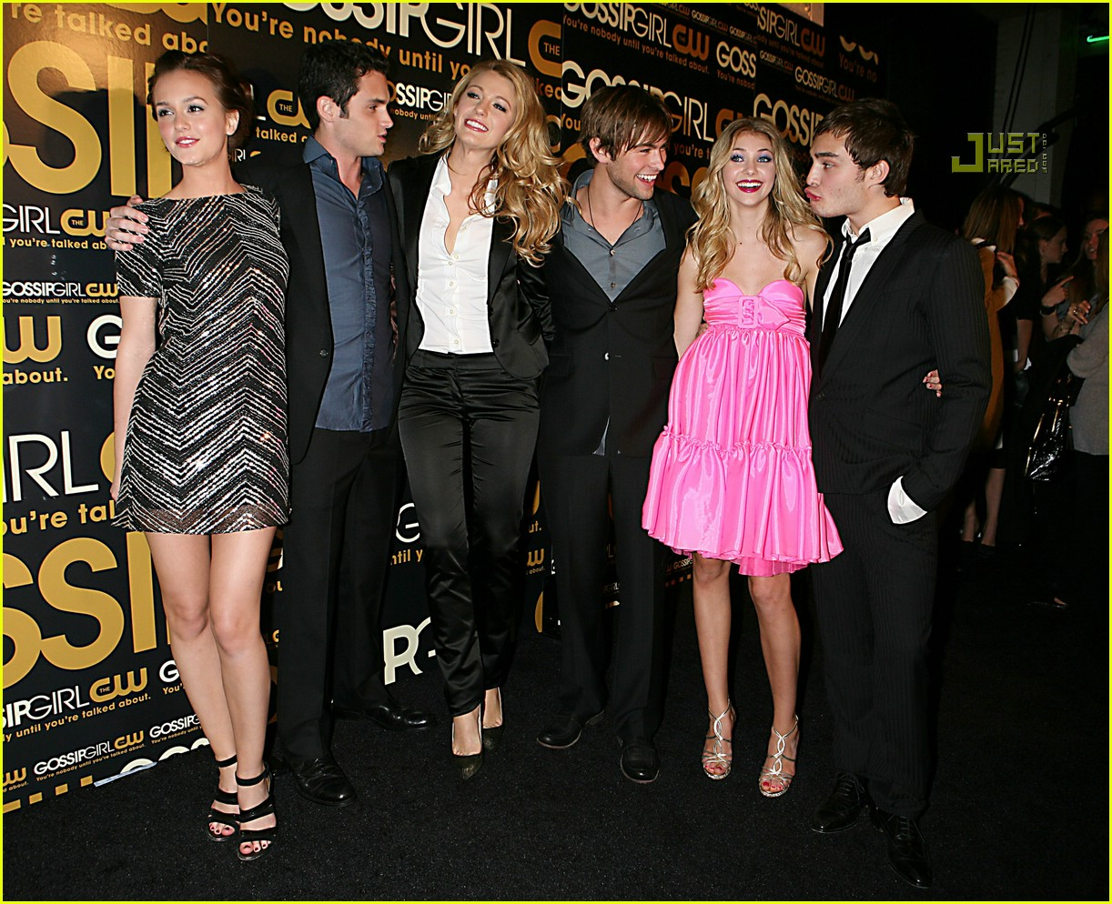 taylor momsen dating chace