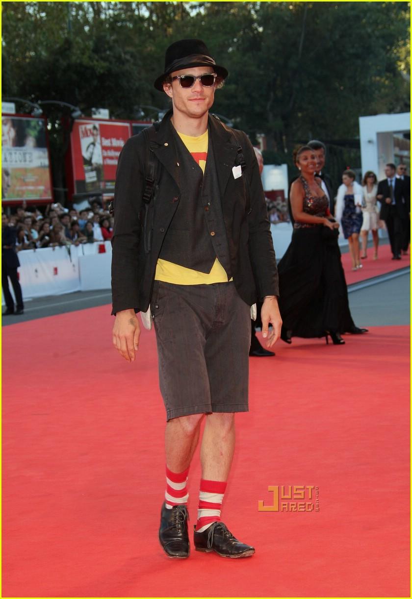 Full Sized Photo Of 01 Heath Ledger Waldo Socks Photo