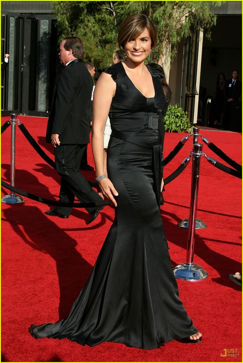 Mariska Hargitay Emmys 2007 50 | Short Hairstyle 2013