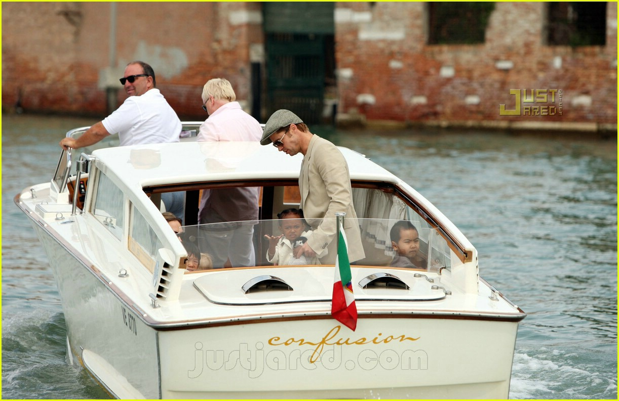 brad angelina water taxi ride 10562021