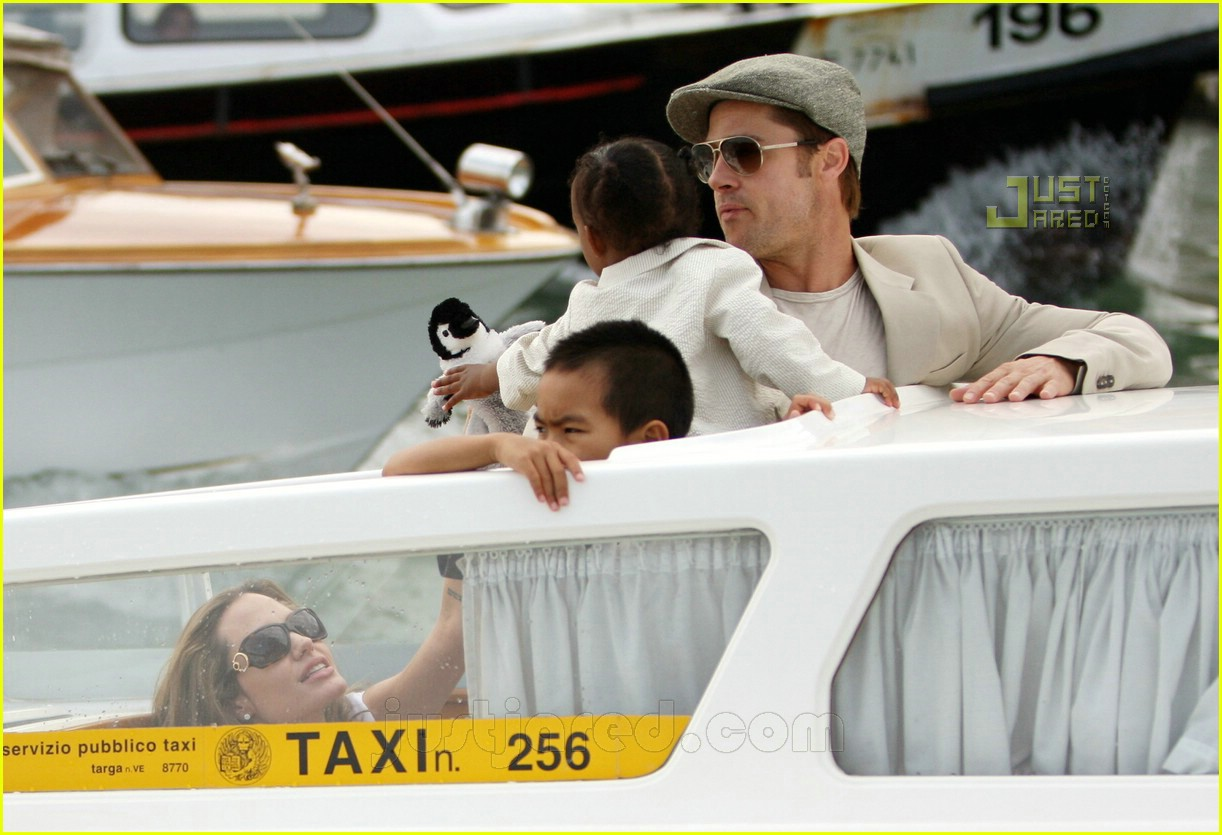 brad angelina water taxi ride 11562031