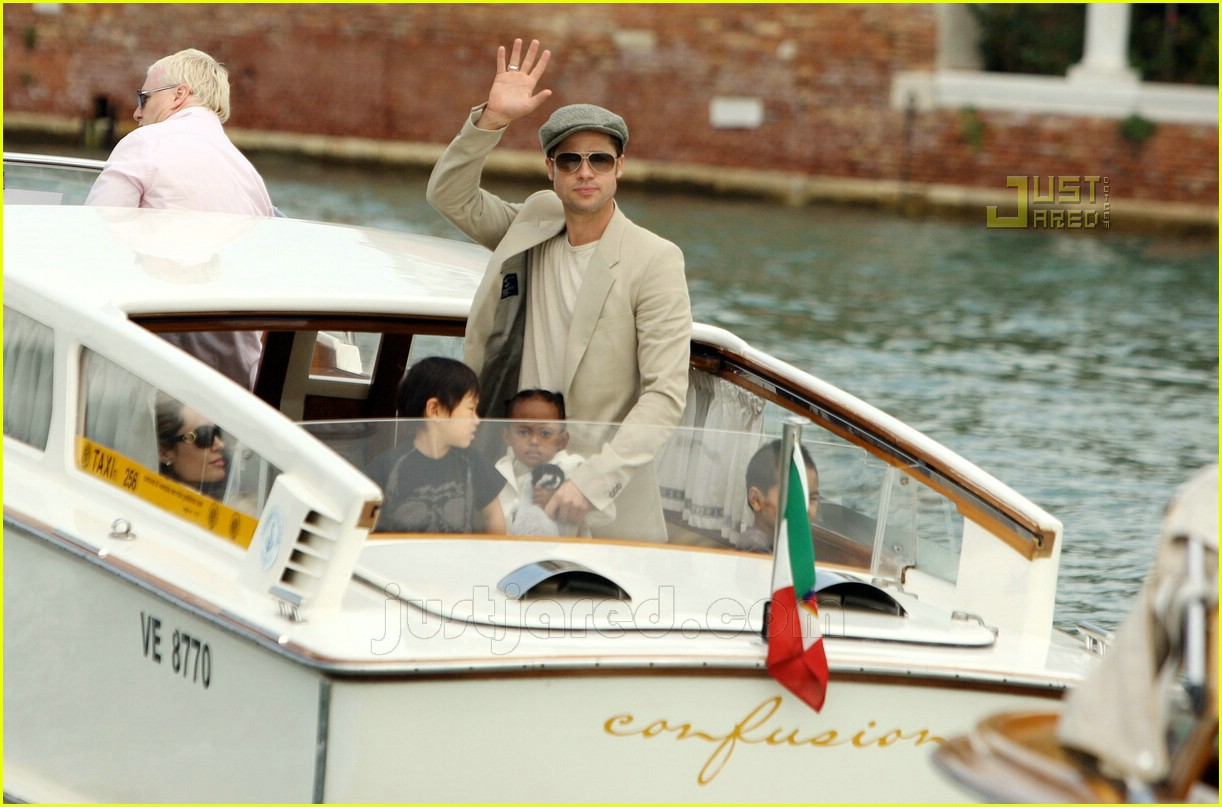 brad angelina water taxi ride 16562081